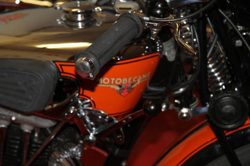 Vingtieme salon de la moto et du scooter de cagnes sur mer moto retro vesubienne - Salon moto cagnes sur mer ...